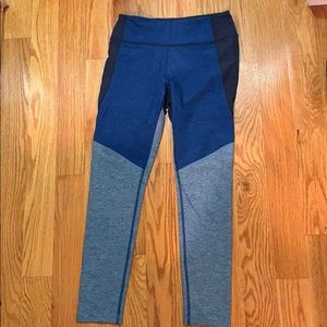 3/4 Outdoor Voices Leggings